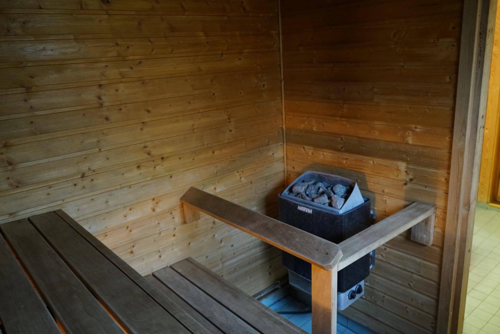 Tykkimäki Campingin lomamökeistä löydät myös saunat