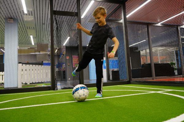 Actionparkissa voit treenata jalkapallotaitojasi